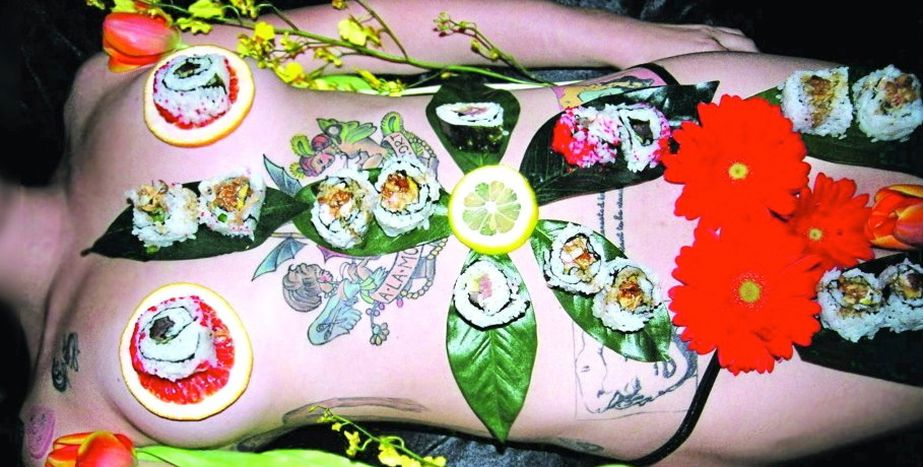 Image for Frauenkörper und 'Body Sushi' in Rom