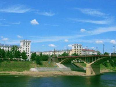 Image for EU-Belarus-Russia: Mediating Maneuvers of Belarus