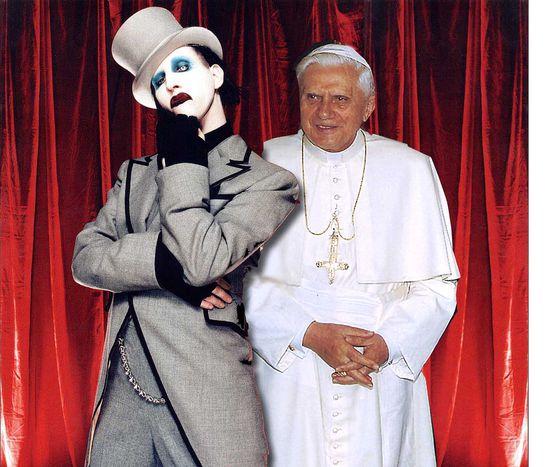 Image for Laicismo radical, matrimonio gay, años 30... Ruido papal en España