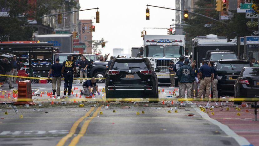 Image for Terrorismo: vivere per vincerlo, ma non basta