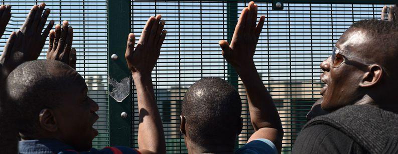 Image for Belgio: una prigione per i migranti