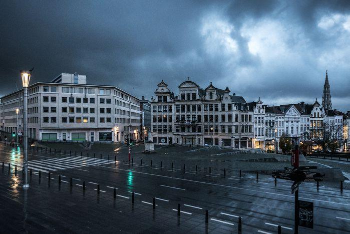 Image for Bruxelles, cronacada una Capitale in allerta