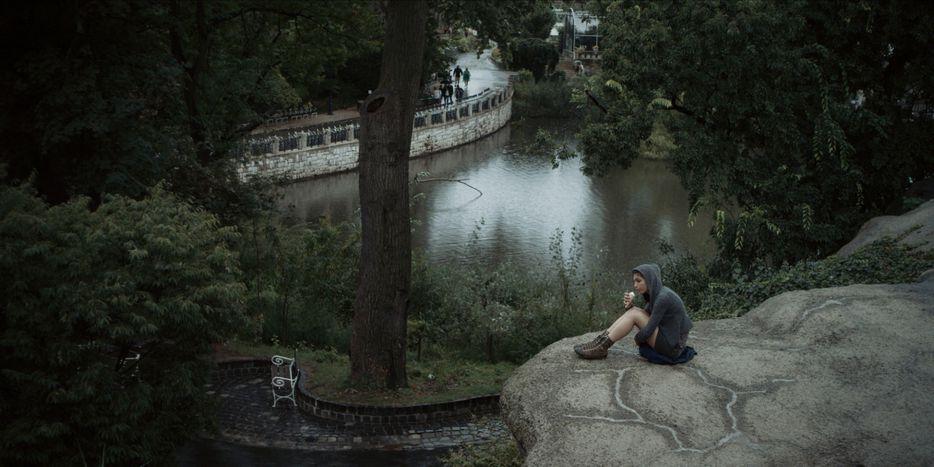 """Image for """"Értenem kell, hogy mi történik a képen""""- interjú Domokos Balázzsal, aFehér Farkasoperatőrével"""