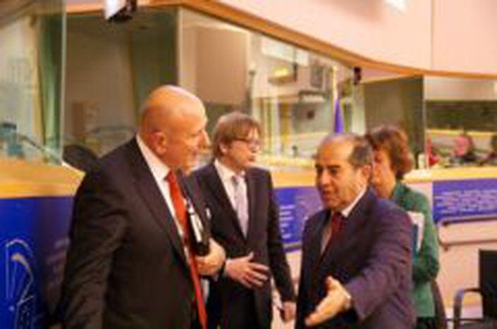 Image for Le printemps arabe, deux ans après: Une conférence du Groupe Spinelli