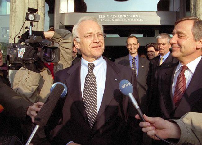 Image for Videopolitics: Verbale Ausrutscher von Stoiber und Co.