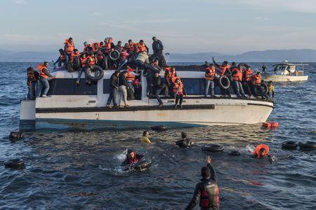 Image for Séville en marche pour les réfugiés