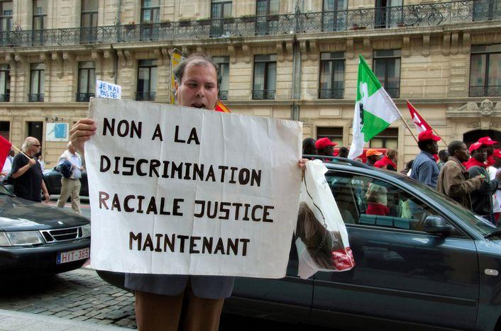 Image for Racismo y discriminación en Bruselas: Trabajadores inmigrantes en problemas