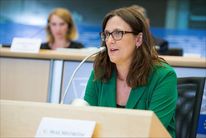 """Image for Cecilia Malmström: un refus poli mais """"transparent"""" pour suspendre le TTIP"""