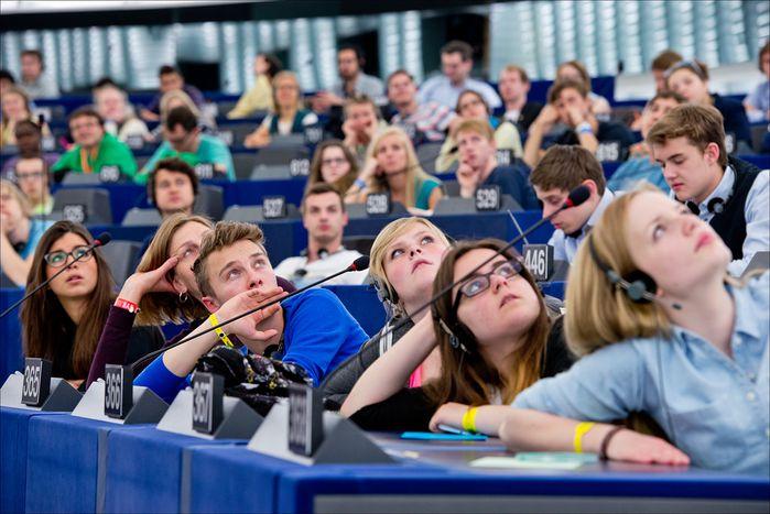 Image for Nouveau Parlement européen, nouveaux défis?