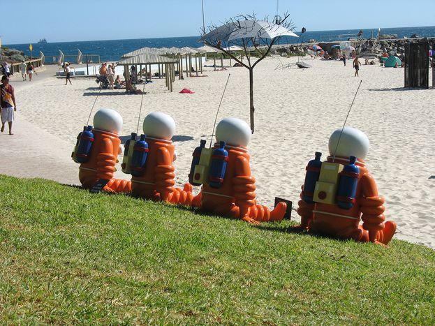 Image for Cinéma : robots, zombies et obsédés en vacances à Sitges