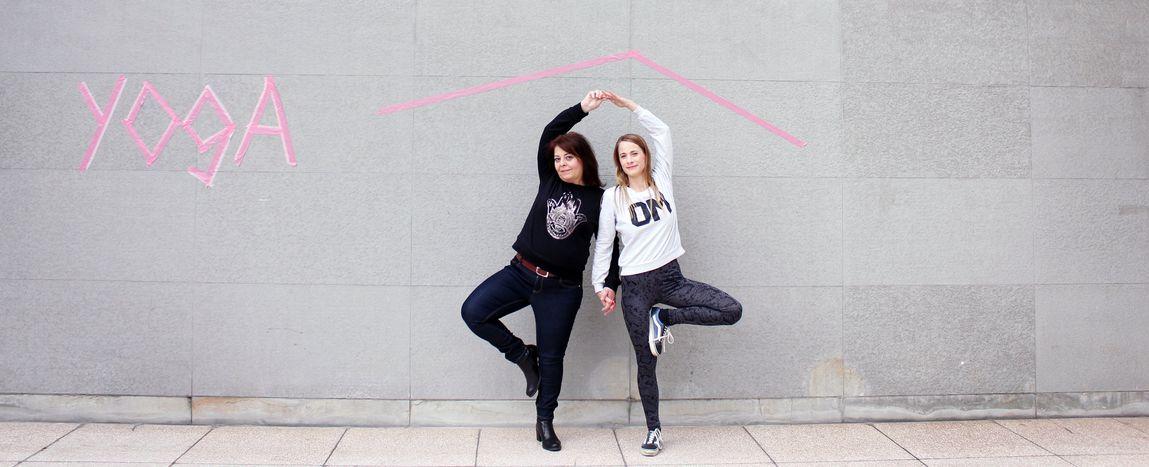 Image for Du yoga pour les femmes réfugiés : l'Allemagne tout en souplesse