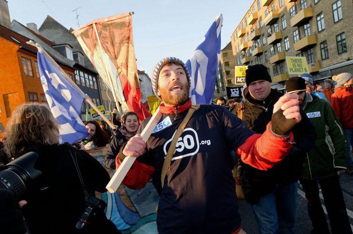 Image for A bord du «Climate Express» en direction de Copenhague