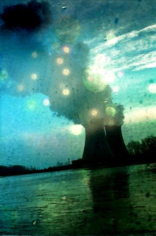 Image for Por Libia y por Japón, Merkel se replantea la energía nuclear