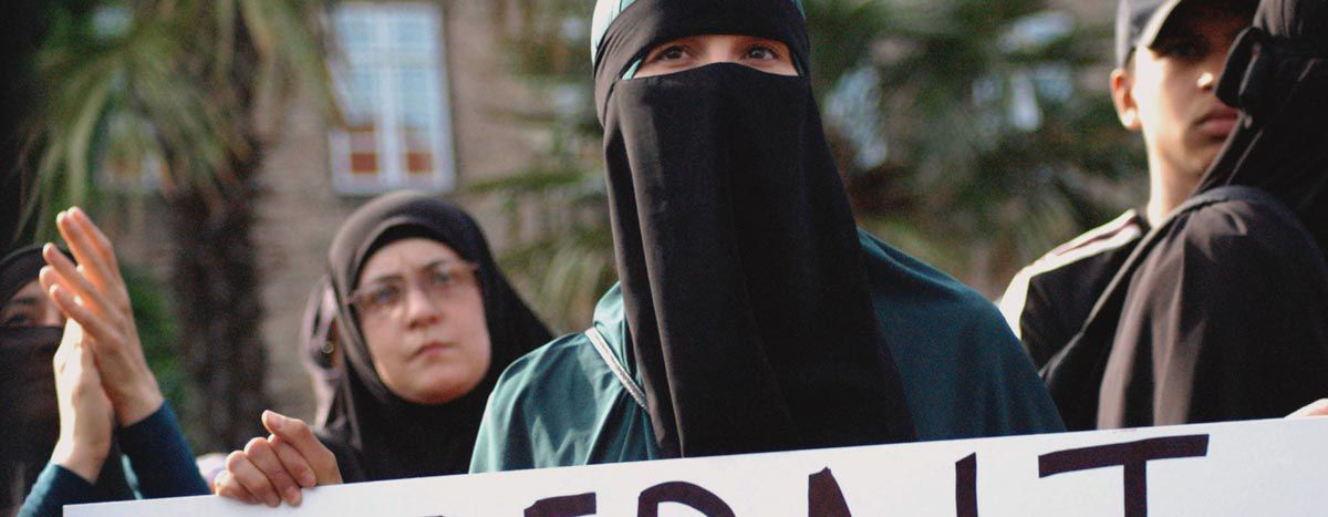 Image for Interdiction de la burqa au Danemark : « Mes vêtements, mon choix »