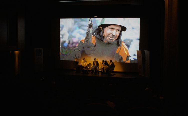 Image for Maïdan : l'oeil de Loznitsa sur la crise ukrainienne