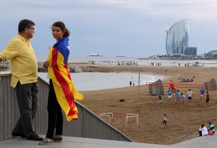 Image for De la mano por la independencia de cataluña