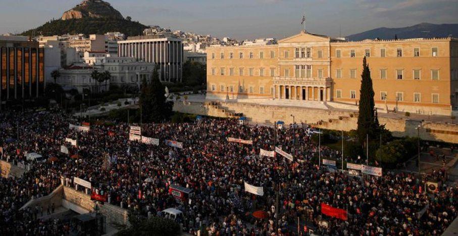 Image for Stelios Elliniadis : Le monstre est toujours là, il terrorise les peuples et pille les pays