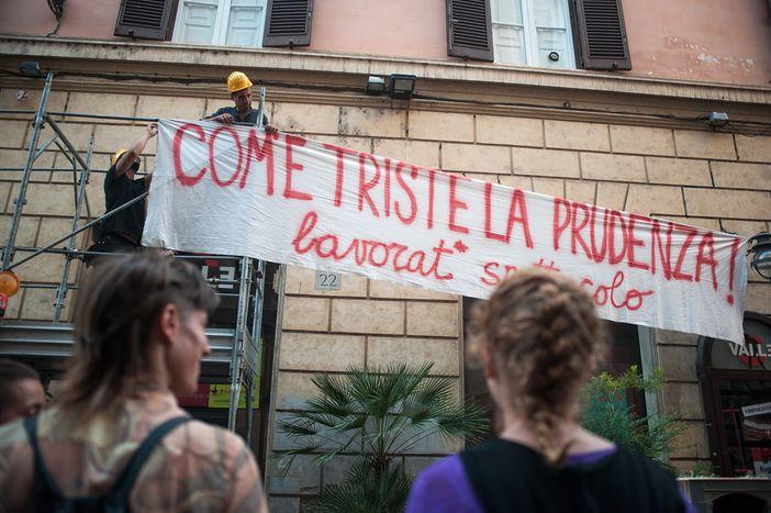 Image for Rideau sur le Teatro Valleaprès 3 ans de résistance