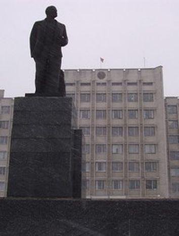 Image for Olga Karatch: 'Lukashenko takes EU leaders for great lumps'