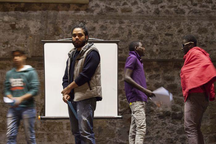 """Image for Le storie dei migranti sono """"Echi dalla lunga distanza"""""""
