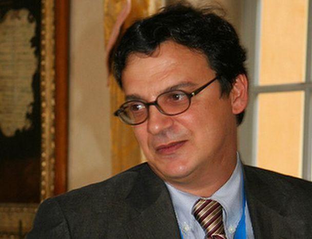 Image for Stefano Bartezzaghi: l'Europa è un crocevia? «Piuttosto un cruciverba»