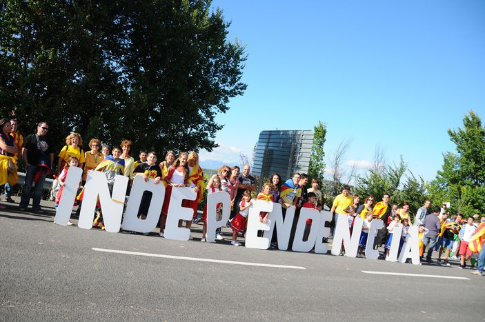 Image for Catalonia And Scotland: Two very different struggles for independence