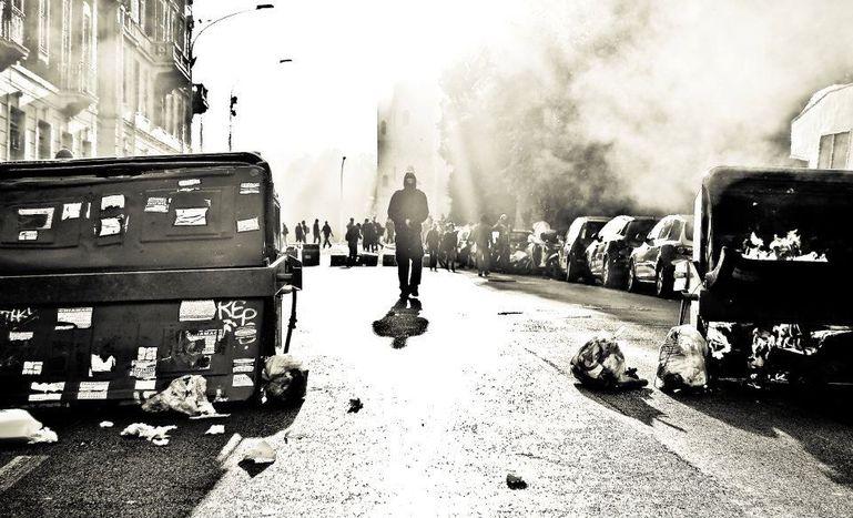 Image for Indignés : à la poursuite d'Octobre rouge