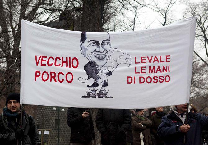 Image for Proces Berlusconiego – histeria na placach i demokracja w samych majtkach