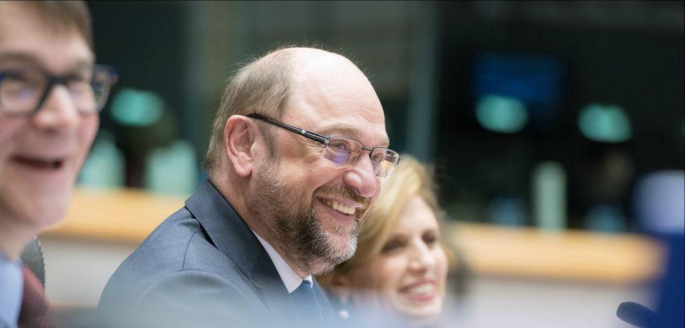 """Image for """"Mit mir nicht"""": Ist Martin Schulz wirklich ein Held?"""