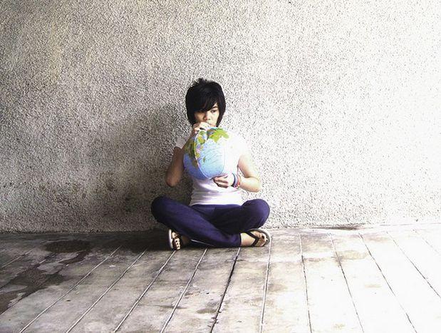Image for Lavoro: il volontariato all'estero nel bene e nel male