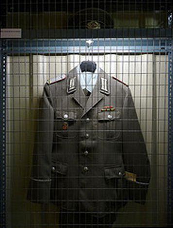 Image for ILB: tra spie e artisti