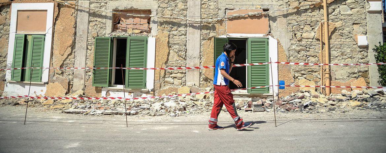 Image for Séisme en Italie : tremblement de coeurs