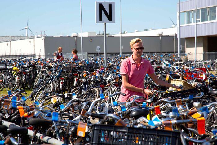 Image for Fietsdepot: ¡No aparques ahí tu bici!