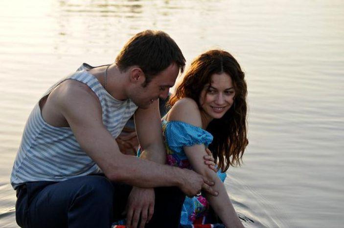 Image for Una storia d'amore a Chernobyl interpretata dall'ex Bond girl