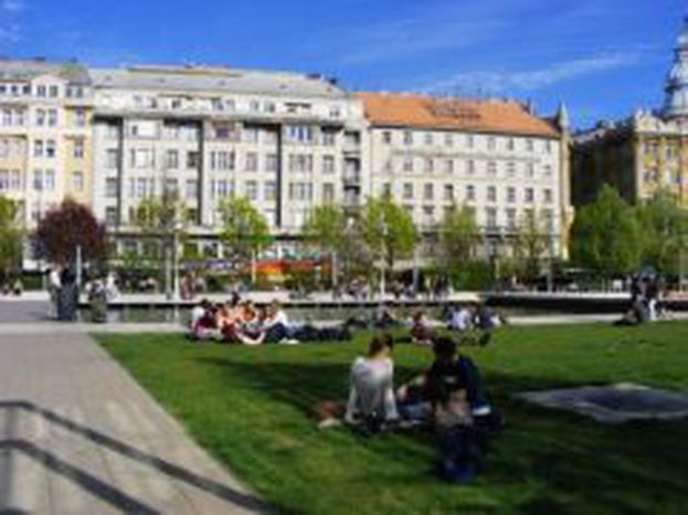 Image for Modern parks or verdant parklands?