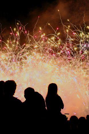 Image for Fin de año a la europea: celebra Nochevieja y no mires con quién