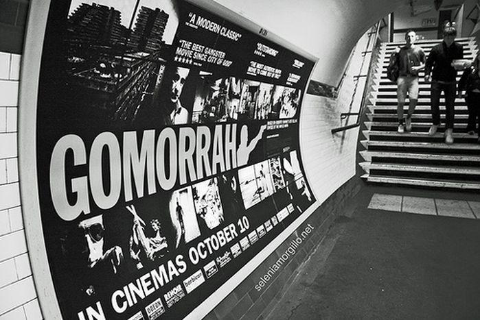 Image for Video: Paris protestiert für Gomorrha-Autor Roberto Saviano