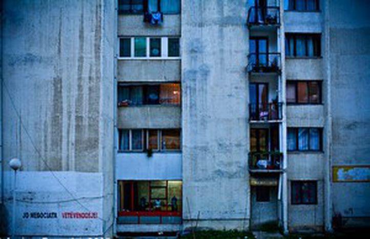 Image for Pristina se abre al mundo