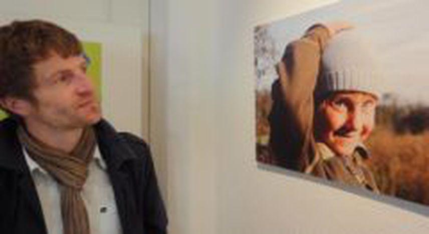 Image for Les Roms de Strasbourg passent devant l'objectif, ou « l'effet pansement » de la photographie