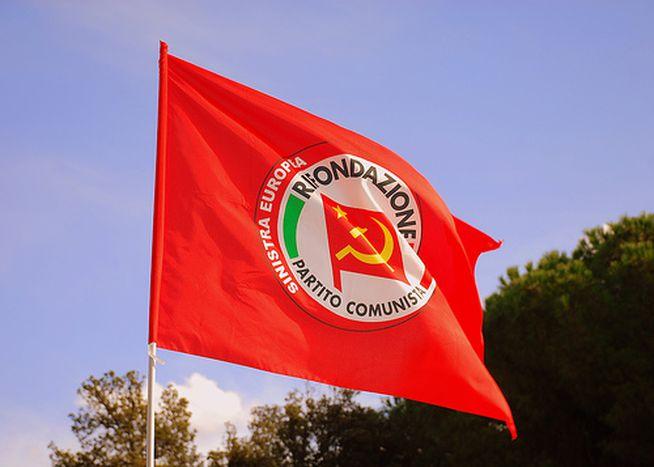 Image for Restaurazione comunista italiana: ritornano falce e martello?