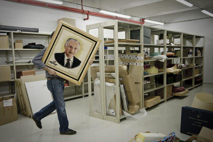 Image for La Commission Barroso s'asseoit sur ses cadeaux