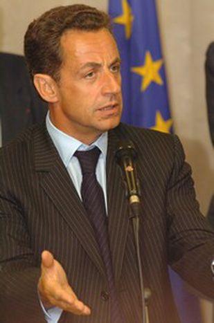 Image for Sarkozy quiere europeizar la gestión de la inmigración