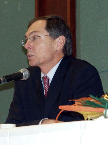 Image for dibattito con gli economisti cechisvejnar eniedermayer