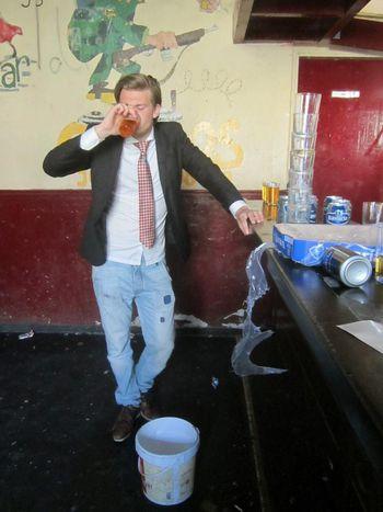 """Image for Las sociedades estudiantiles en Utrecht, donde """"sólo vomitando la espuma de la cerveza no cuenta"""""""