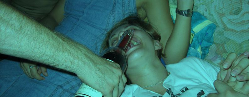 Image for Binge-drinking : mon voyage alcoolisé à travers l'Europe
