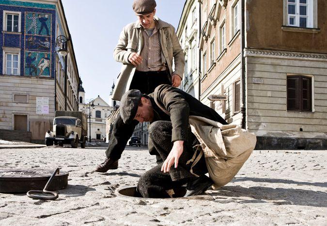 Image for Agnieszka Holland : quand un Polonais aide quelqu'un, il s'enrichit ?