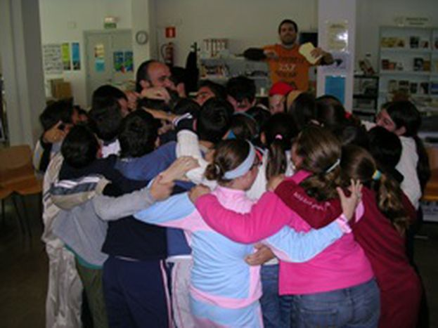 Image for Poor education levels spur reading programmes in Spain
