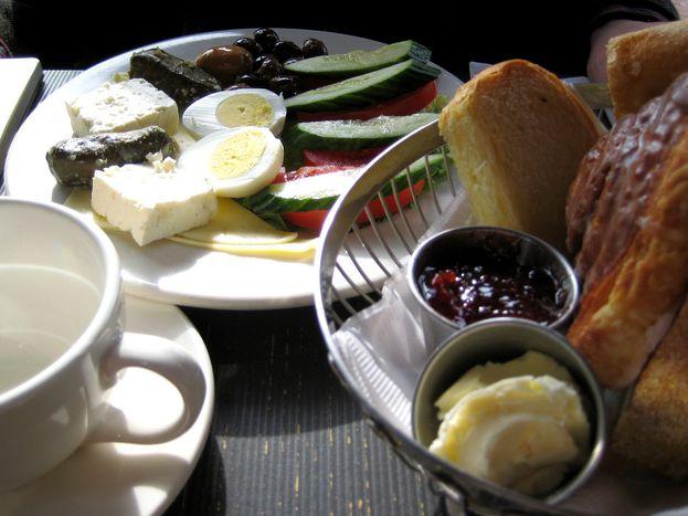 Image for Ñam ñam: Cómo sobrevive una vegetariana en Turquía