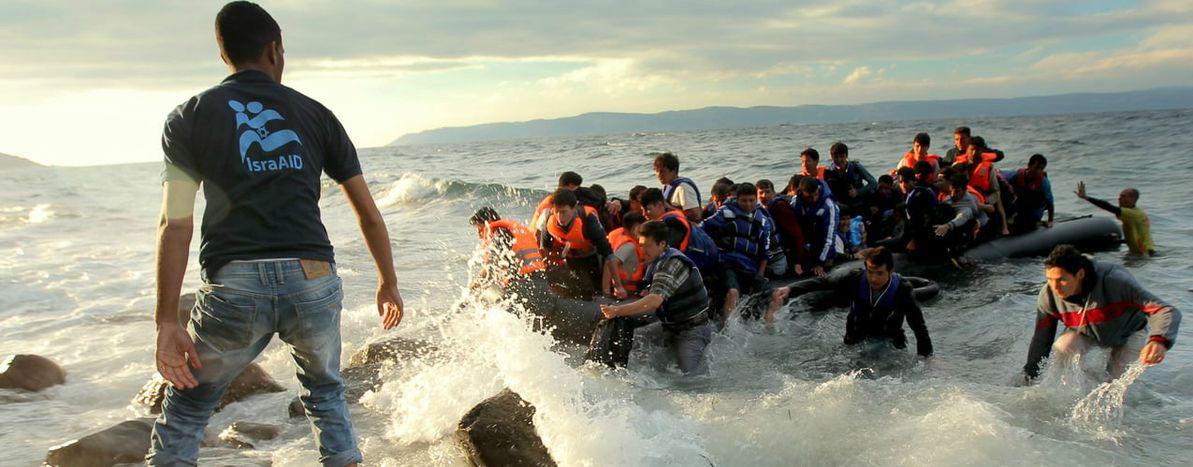 Image for La tragedia del Mediterráneo: un mar de cuerpos sin nombre