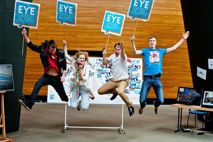 Image for Parlement européen: les jeunes et la séance fiction
